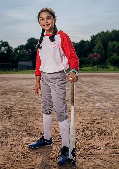 A Joslin patient for 3 years, 10 year old Mackenzie on the softball field playing the game she loves.